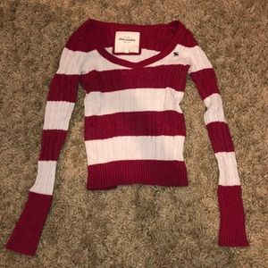 Sweaters - Red and White crewneck sweater